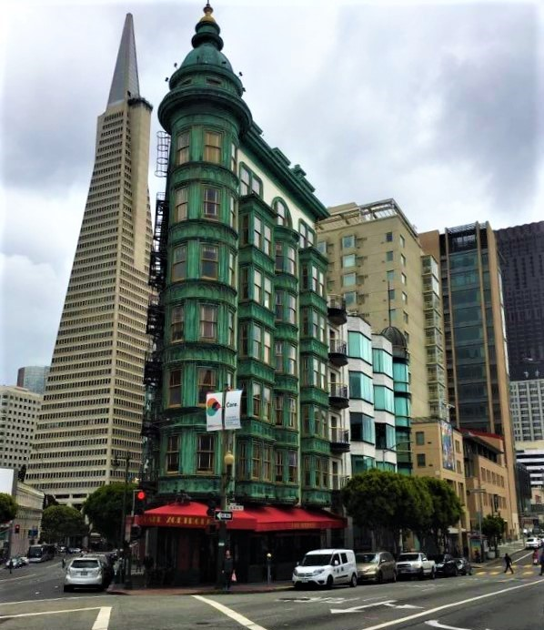 Photo of Transamerica building.